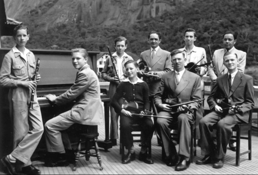 sl_Grupo_-musicos_1950_1960